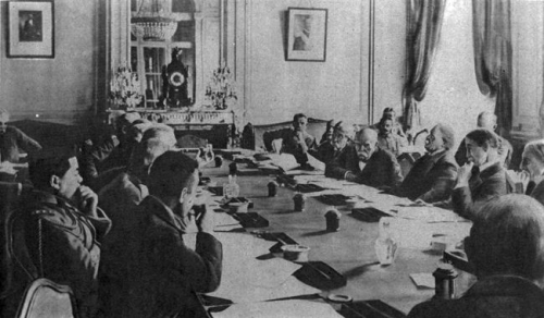conference Versailles.jpg