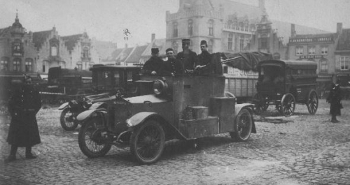 Grande guerre guerreAutomitrailleuse.jpg